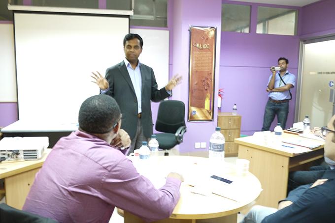 Solaric社創始者のDidar Islam氏による講義の模様