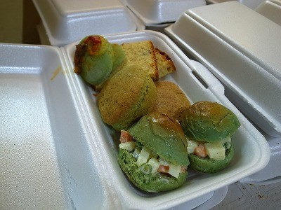 スピルリナ入りのサンドイッチ